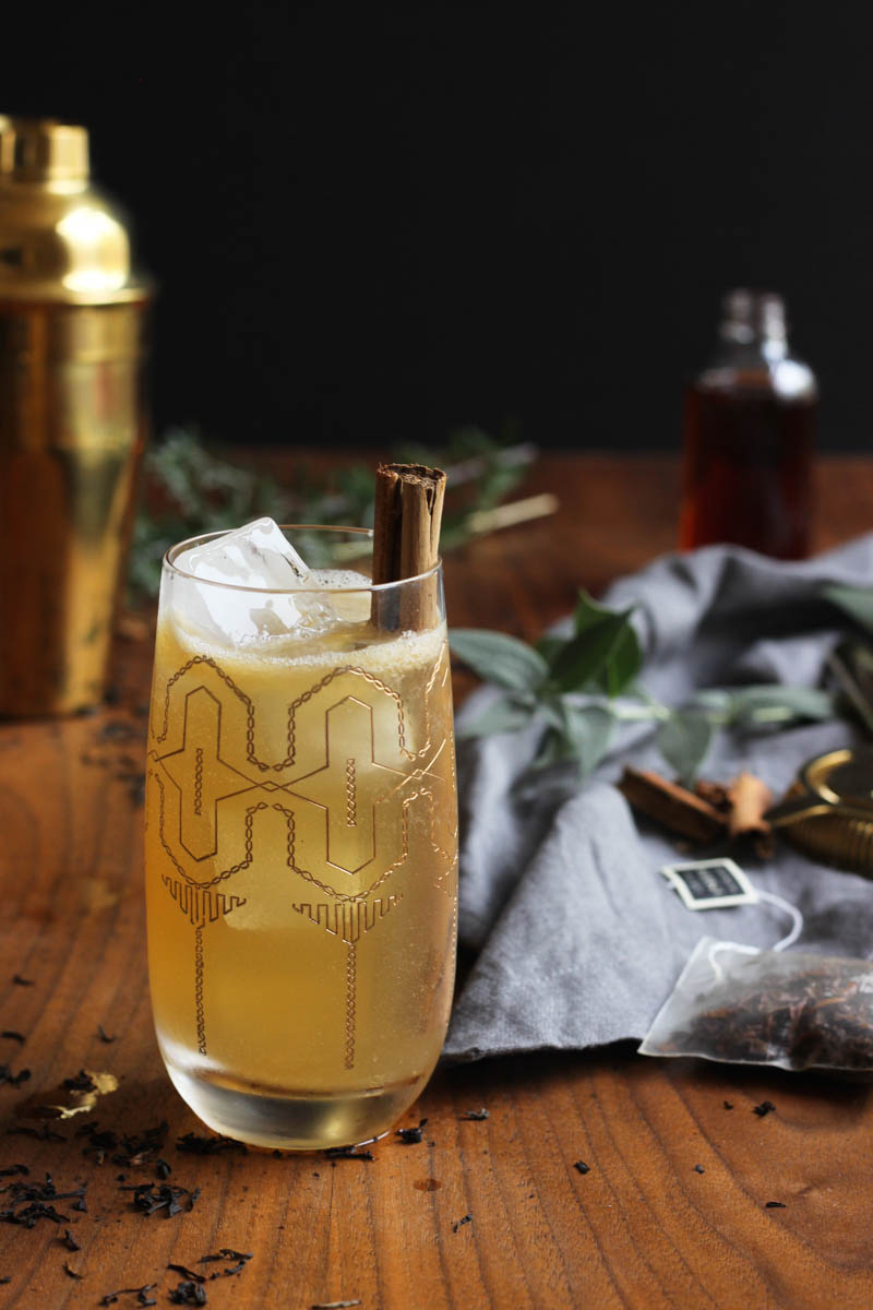 Cold Toddy // A cozy + comforting cocktail with ginger-infused bourbon, black tea, cinnamon bark syrup, lemon and ginger beer! // The Shared Sip,